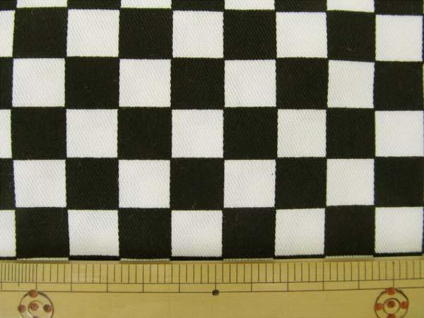 画像1: ?チェッカーフラッグ(市松)柄 ツイル生地 (極小) 黒×生成 1.5cm角はぎれ40cm
