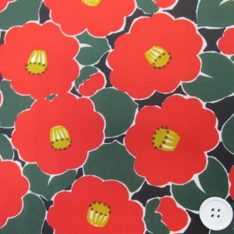 画像1: ☆撥水加工 ナイロンオックス生地 レッドフラワー (ブラック地) 花柄 はぎれ40cm