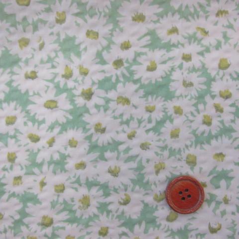 画像1: ☆#60綿ローンリップル 小花柄(グリーン) はぎれ1m35cm
