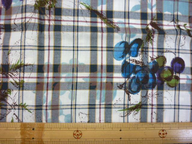画像1: ■フルーツ柄 ブルー はぎれ1m50cm