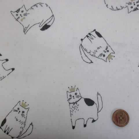 画像1: ねこの王様柄 オックス生地  (生成り) ラミネート
