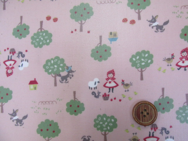 画像1: 森の赤ずきんちゃん柄 オックス生地 ラミネート はぎれ90cm(ピンク)
