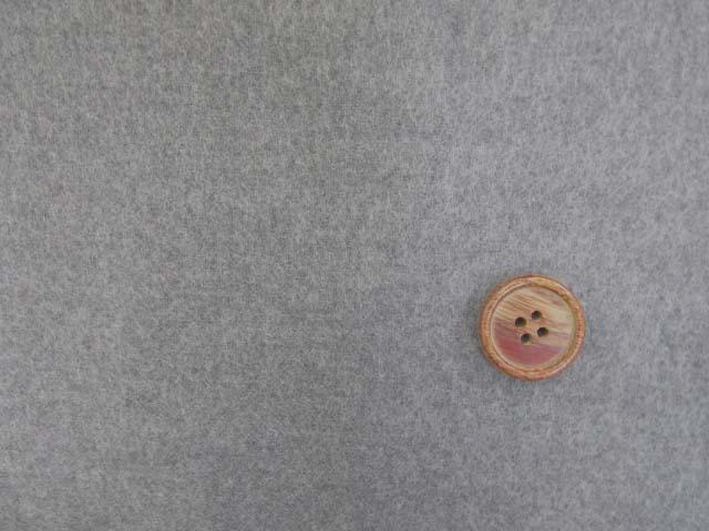 画像1: (5)【お買い得】 118cm巾 無地 ネル起毛生地 (グレー) はぎれ40cm