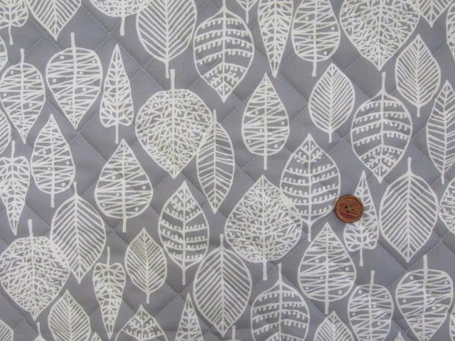 画像2: 撥水加工 ナイロンオックス生地 北欧風 葉柄・カスビィ(植物) 半針キルト生地 はぎれ15cm(グレー)