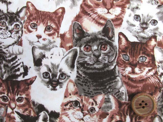 画像1: (5)ねこちゃん大集合・ネコ・猫柄 オックス生地k(サピア) はぎれ95cm