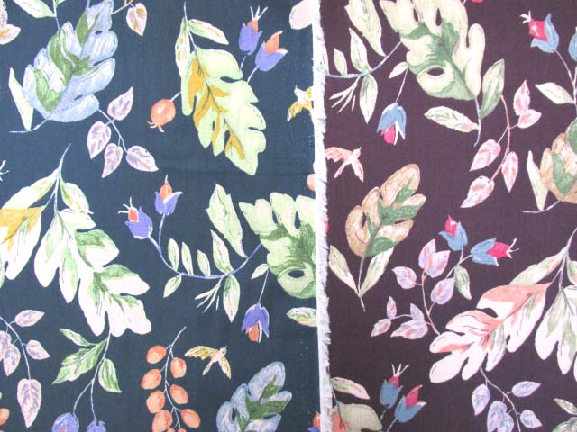 画像1: ボタニカルフラワー・花柄 ビエラ生地