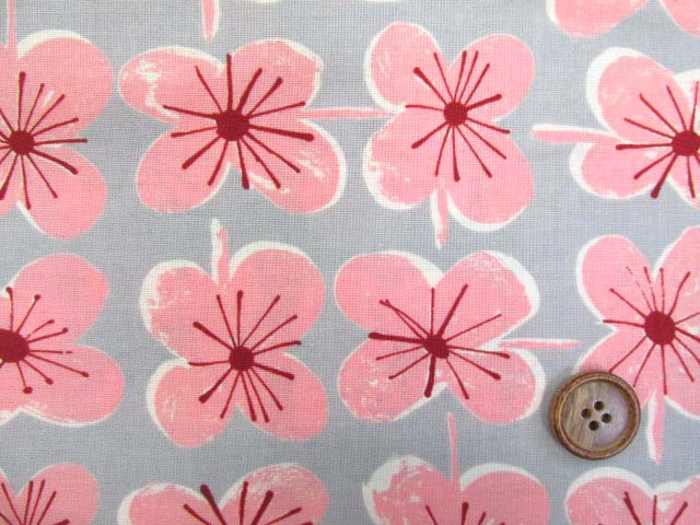 画像1: (4)ファンシーポップフラワー・花柄 シーチング生地 はぎれ55cm(グレー×ピンク)