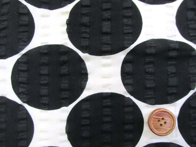 画像1: (2)ドット・水玉柄 リップル生地 はぎれ30cm(ブラック)