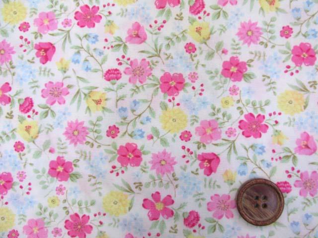 画像1: (3)ファンシーポップフラワー・花柄 ブロード生地 はぎれ40cm(レッドピンク)