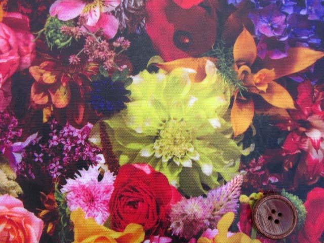 画像1: フラワーシャワー・ガーデン・花柄 インクジェットプリント 20オックス生地 (ガーデン03la)   ラミネートはぎれ1m10cm↑