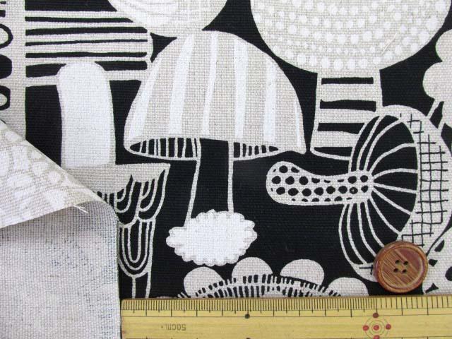 画像3: ◎ハーフリネン10番オックス 北欧風 キノコ柄 はぎれ75cm(モノトーン)