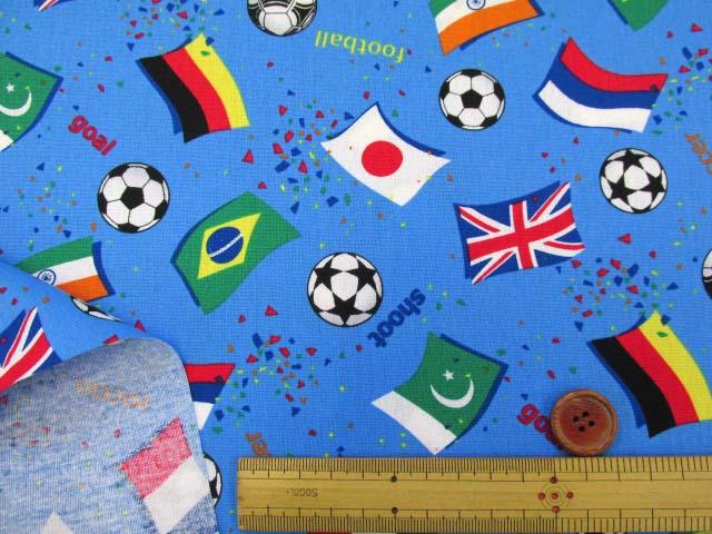 画像3: ☆サッカー・国旗柄 CB生地 はぎれ75cm(ブルー)