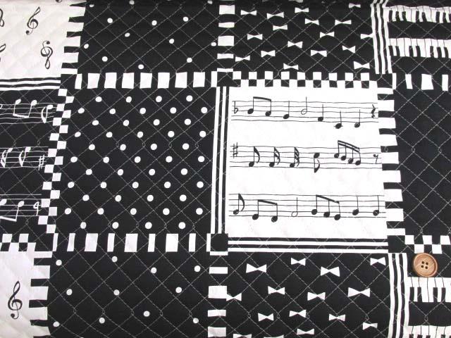 画像2: ピアノ・鍵盤・ドット・リボン・スクエア柄 オックス生地 (モノトーン) 全針キルト