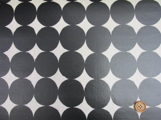 画像2: 綿麻キャンバス 和楽美 ナチュラルペイントドット (ブラック) ラミネート