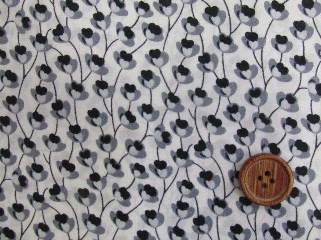 画像1: 小花・フラワー・花柄 綿80ローン生地 (黒)