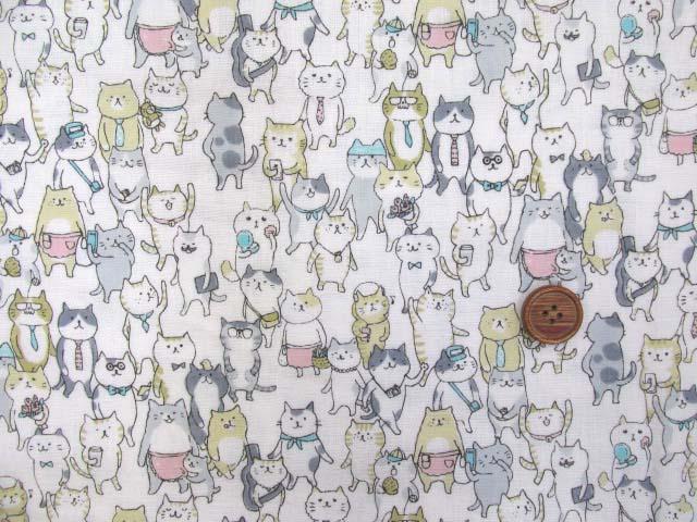 画像2: Wガーゼ生地 ネコのおさんぽ(オフ)