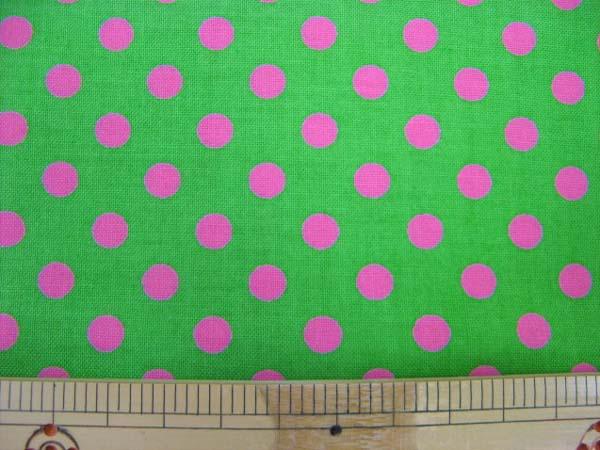 画像1: きみどり地にピンクのドット柄(7mm)シーチング生地