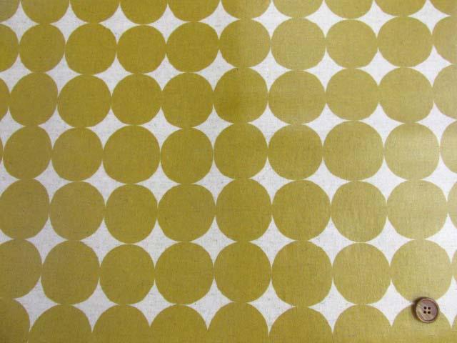 画像2: 綿麻キャンバス 和楽美 ナチュラルペイントドット(マスタード)ラミネートはぎれ85cm↑