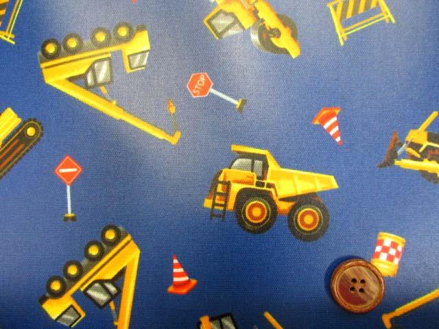 画像1: はたらくくるま・ダンプカー・シャベルカー柄 オックス生地 (ブルー) ラミネート つや消し
