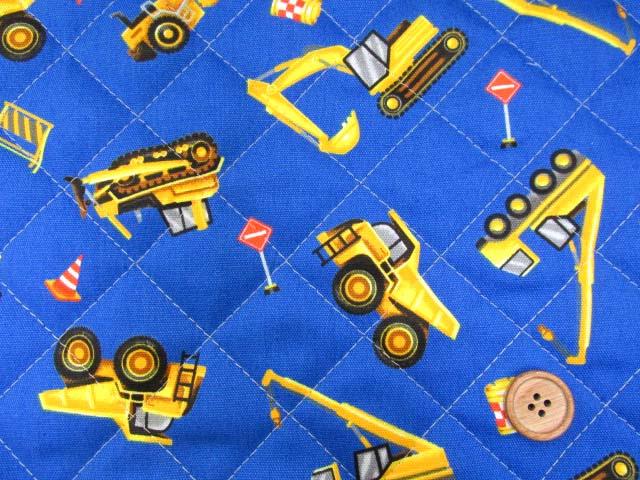 画像1: はたらくくるま・ダンプカー・シャベルカー柄 オックス生地 (ブルー)  半針キルト