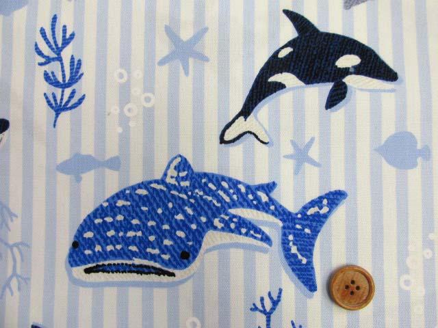 画像1: ▼サメ・シャチ・クジラ・ストライプ柄 オックス生地◆訳ありはぎれ40cm