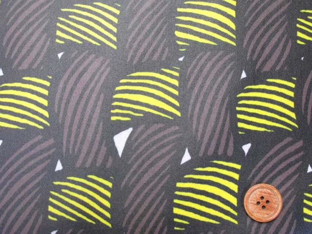 画像1: 織り地柄 ツイル生地 (茶色x黄色)  ラミネート つや消し