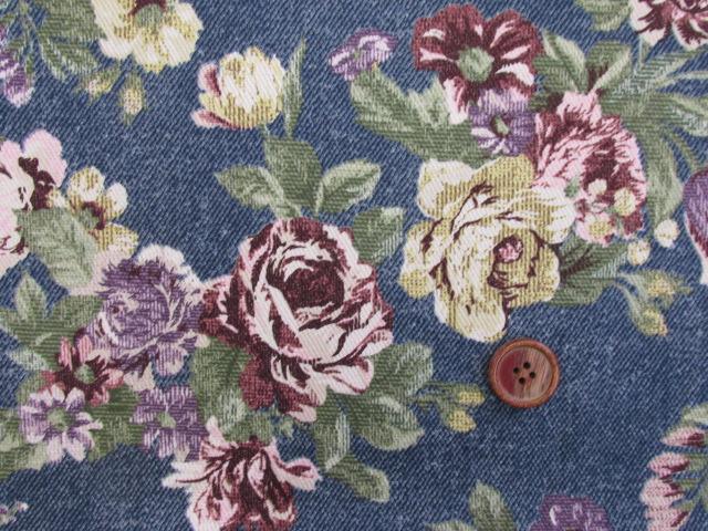画像1: ゴブラン調 花柄 カツラギ生地 (紺)