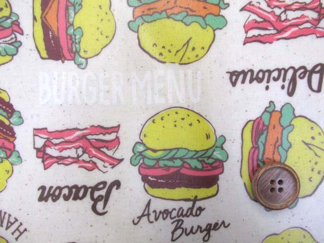 画像1: ハンバーガー ポテト ベーコン ピーマン シーチング生地 (生成り) ラミネート 半ツヤ