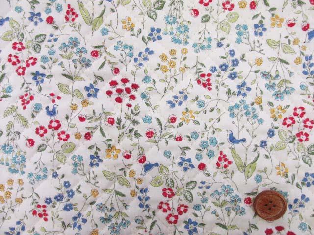 画像2: ボタニカルバード・フラワー・花柄 ブロード生地 (オフ) 全針キルト