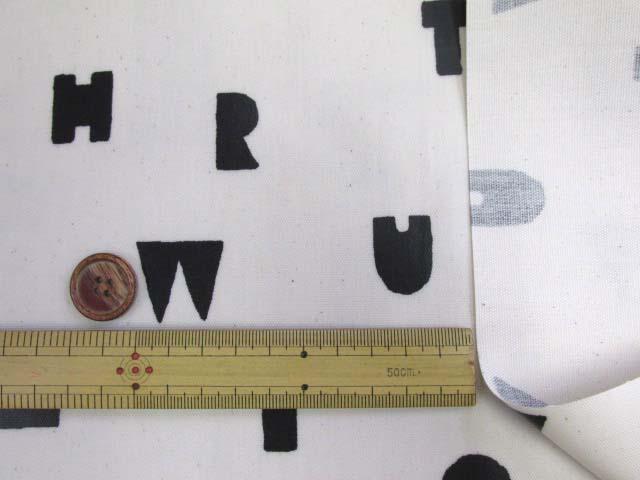 画像3: アルファベット・記号・マーク柄 オックス生地 (オフ) ラミネート つや消し