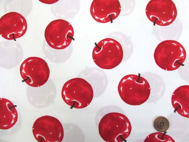 画像2: りんご・アップル・リアルタッチ柄 ブロード生地 (オフ)