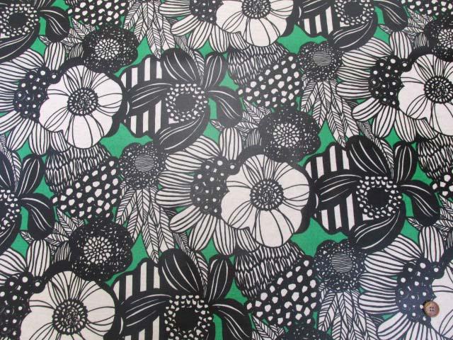 画像2: 綿麻キャンバス ノルディックフラワー・花柄 (グリーン) ラミネート つや消し